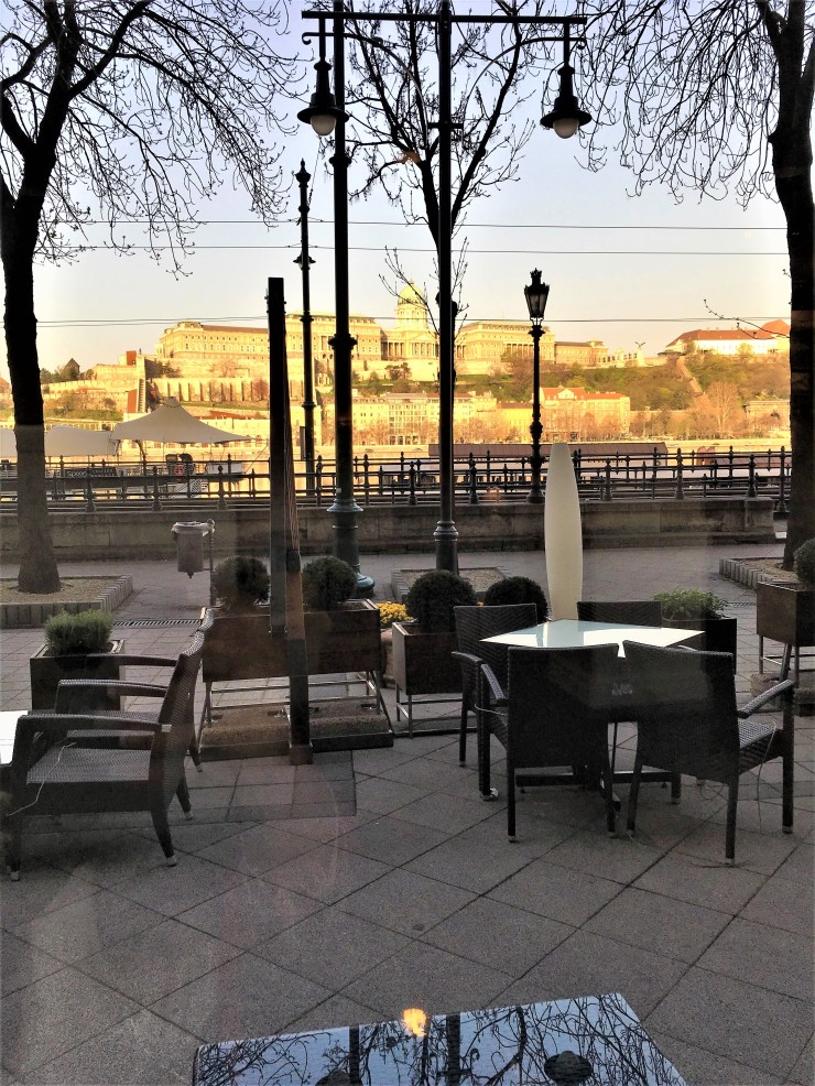 Budapest Lounge View