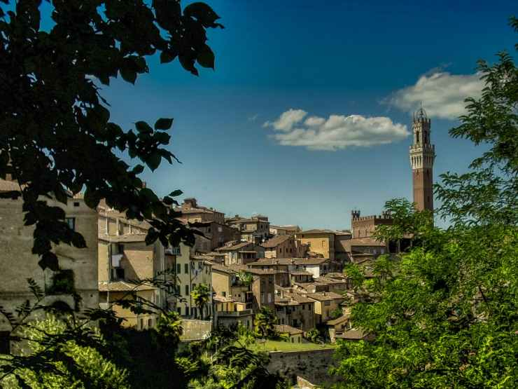 city village italy town