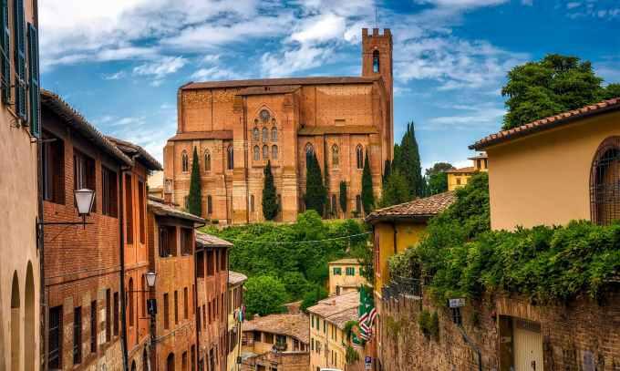 ancient architecture basilica of san domenico building